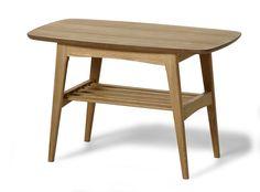 Nätt hörnbord i 50-tals design. Snyggt ihop med andra formklassiska möbler i 50-tals stil. Praktisk underhylla. Bordet finns i flera färger.