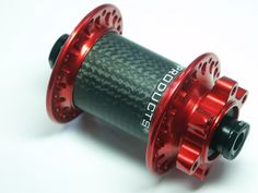 POP-Products MTB 9 mm Thru Bolt Vorderrad Nabe Rot mit 3k Carbonkörper und 32-Loch.