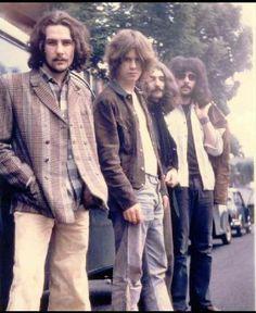 BLACK SABBATH  (Geezer Butler; Ozzy Osbourne; Tony Iommi; Bill Ward)