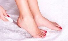 Se dice que el cuerpo de verano se hace en invierno… ¡Y eso incluye tus pies! No los descuides. Mejor pon en práctica este remedio...
