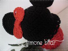 <3 Brincando de Minnie...rsrs Cupcake Minnie em Crochê. :p Vem saber mais aqui: http://recantodasborboletas-simoninha.blogspot.com.br/