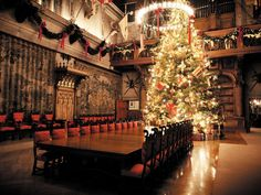 As you might imagine, decorating Biltmore House's 35-foot-tall tree requires a lot of ornaments: 500 wrapped gift boxes, 500 traditional glass ornaments and 500 electric lights, in the Edison bulb style, to be exact.