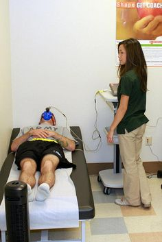 Resting Metabolic Rate measured through indirect calorimetry with Fitmate and face mask at Fort Carson Army Wellness Center | Flickr – Condivisione di foto!