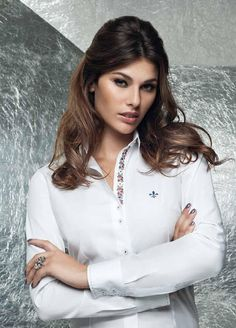 Business Outfits, Business Attire, Office Outfits, Ladies Shirts Formal, Grey Fashion, Womens Fashion, Pretty Shirts, Sexy Outfits, Shirt Blouses
