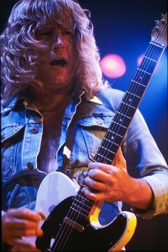 Sir Rick Parfitt (Status Quo) by Dragan Kudjerski on Status Quo Live, Rick Parfitt, Classic Rock Bands, Greatest Rock Bands, Music Mix, Rock Style, Rock N Roll, Movie Stars, Guitar Players