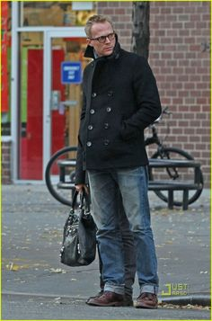 Jennifer Connelly & Paul Bettany: Pea Coat Couple: Photo Jennifer Connelly and her husband Paul Bettany stroll through the streets of the Tribeca neighborhood of New York City in matching pea coats on Monday (November… Paul Bettany, Wanda And Vision, Man Thing Marvel, Jennifer Connelly, Jawline, Cute Guys, Handsome, Normcore, Husband