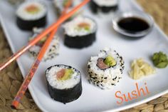 Sushi txt Sushi Rolls, Foodies, Paleo, Lunch Box, Food And Drink, Asian, Snacks, Dinner, Ethnic Recipes