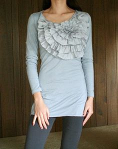 Easy to follow #diy #tutorial - Sew Dang Cute Crafts: Guest Blogger: J.C. Crew Inspired top by Welcome to the gOOd life!