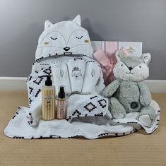 A beautiful baby girl gift! This Miss Fox hooded bath towel by Bubba Blue is just the gift a new baby girl will need for bath time, along with the matching set of 3 face cloth's a 250 ml bottle of Little Bairn Organic baby bath wash and sleepy time massage oil as well as a gorgeous big hugs fox toy all presented in a white gloss gift box tied with matching ribbons. New Baby Girls, Baby Girl Gifts, Miss Fox, Fox Toys, 3 Face, Hooded Bath Towels, Bath Girls, Big Hugs, Matching Set
