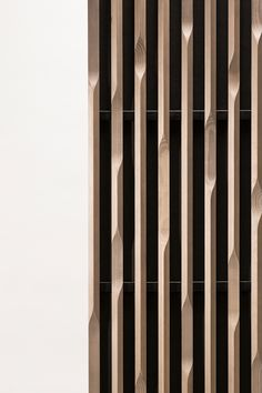 Edge linea wood acoustic panels, exterior interior architectural solution for ceiling and wall. Feature Wall Design, Partition Design, Decorative Screens, Wood Detail, Wall Finishes, Interior Decorating, Interior Design, Acoustic Panels, Wood Slats