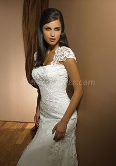 strapless tulle a-line sleeveless applique floor-length chapel train wedding dress - Dreamy-dress.com