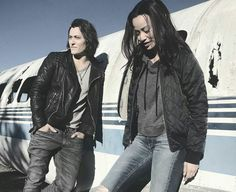 Blair Redford (Thunderbird) and Jamie Chung (Blink) #TheGifted