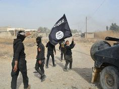 Islamic State Boils 6 Accused Spies Alive in Tar