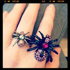 betsey johnson spider ring