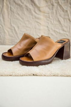 Slip On Espadrilles, Slip On Mules, Vintage Shoes, Tan Leather, Aldo, Open Toe, Clogs, Trainers, Shoe Boots