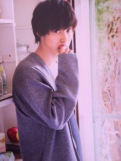 How can a human be this perfect? Asian Boys, Asian Men, Asian Actors, Korean Actors, L Dk, J Star, Kento Yamazaki, Crush Pics, Cute Japanese