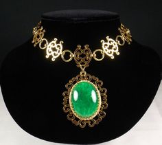 NETTIE ROSENSTEIN Nephrite Pendant Necklace by KatsCache on Etsy, $399.95