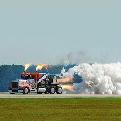 Vtec kicked in yo! #rocket #truck #truckin #freight #horsepower #speed #race #fast #vtec #lol #dragrace #jj #love #instagood #igers #xsauto #bornauto #xenonsupply