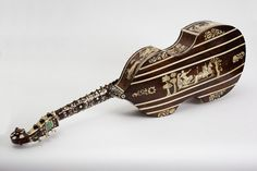 Bass viol. Place of origin: Hamburg (city), Germany (possibly, made). Date: ca. 1700 (made).  © VA Images