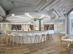 ... MakeOffices On Clarendon Street In Washington DC, Vertu: Oak In Rain  Luxury Vinyl Is The Perfect Complement To The Neutral Palette And Wood  Furnishings.