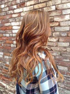 Warm red/brown hair with honey highlights More