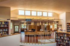 Aallon kirjasto: _1PA0268