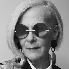 lyn slater: silver haired style icon you need to know about