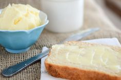 ~How to Make Your Own Sweet Cream Butter~   http://www.reformationacres.com/2014/04/how-to-make-your-own-sweet-cream-butter.html