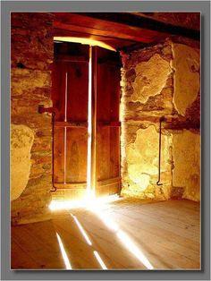Heart Doors | for whom no door is locked,