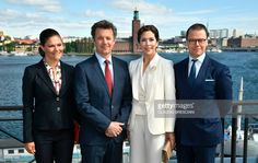 Crown Princess Victoria of Sweden (L), Prince Daniel of Sweden (R), Crown Prince Frederik of Denmark (2nd L) and Crown Princess Mary of Denmark (2nd R) pose as they attend the seminar Liveable Scandinavia in Stockholm, Sweden, on May 29, 2017. / AFP PHOTO / TT News Agency / Claudio BRESCIANI / Sweden OUT