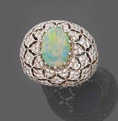 Buccellati opal ring