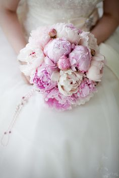 Peonies Bouquet | Winsome Orchid | 10.05.13 | #Pantone 14-3206