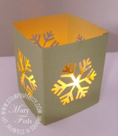 Stampin up snowflake luminaria lighted Tea Light Lanterns, Paper Lantern Lights, Paper Lanterns, Christmas Snowflakes, Simple Christmas, Christmas Diy, Office Christmas Decorations, Snow Flakes Diy, Christmas Paper Crafts