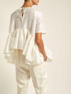 Susie ruffled-hem taffeta top   Cecilie Bahnsen   MATCHESFASHION.COM Girl Fashion, Fashion Show, Womens Fashion, Classy Girl, Fashion Details, Fashion Design, Mode Chic, Mode Outfits, Minimal Fashion