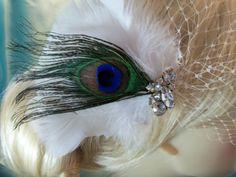 WHITE-or-IVORY-Bridal-Birdcage-VEIL-Peacock-Fascinator-Wedding-Hair-Clip-Feather