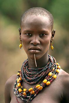 Retrato de mujer geleb. Etiopia. © Inaki Caperochipi Photography