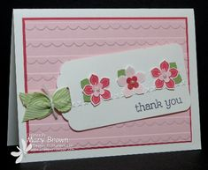 Light pink paper was run through an embossing folder to create a background of scallops. A white tag tied with a Pear Pizzazz Chevron ribbon holds 3 small petite petals, in alternating shades of pink. DIY Thank You card. Flower Stamp, Flower Cards, Get Well Cards, Tampons, Card Tags, Gift Tags, Creative Cards, Creative Ideas, Paper Cards