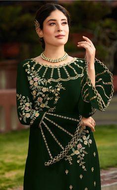 Pakistani Salwar Kameez, Anarkali Suits, Churidar Suits, Punjabi Suits, Lehenga Choli Latest, Black Lehenga, Embroidery Suits Design, Embroidery Designs, Flower Embroidery
