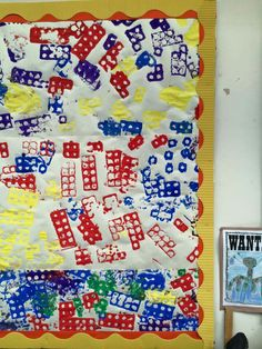 Painting with numicon backing paper Maths Eyfs, Eyfs Classroom, Preschool Math, Classroom Displays Eyfs, Numicon Activities, Nursery Activities, Preschool Activities, Maths Working Wall, Maths Display