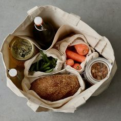 Shop plastic free in Australia with our 8 piece, organic cotton, Ekologi 'Shopper' Eko-Kit (2 strong totes + 6 produce bags). Prepare for compliments.