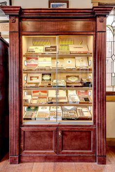 Cuban Cigars, Cigars And Whiskey, Cigar Humidor Cabinet, Diy Cigar Humidor, Best Humidor, Cigar Accessories, Cigar Bar, Cigar Room, Man Cave Bar