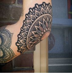 Elbow mandala