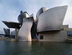 Museo Guggenheim, Bilbao, Spain