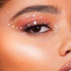Highlighter Palettes - Vegan & Cruelty Free - Lime Crime Hi-Li. - Highlighter Palettes – Vegan & Cruelty Free – Lime Crime Hi-Lite: Iridescent - Cute Makeup Looks, Makeup Eye Looks, Creative Makeup Looks, Eye Makeup Art, Pretty Makeup, Makeup Inspo, Makeup Inspiration, Angel Makeup, Eye Makeup Designs