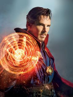 """""""This Week's Cover: Benedict Cumberbatch casts a spell as Doctor Strange in EW's First Look issue (x) """" - Marvel Comics Fan Marvel Comics, Marvel Heroes, Marvel Avengers, Marvel Doctor Strange, Doctor Strange Powers, Marvel Universe, Foto Doctor, Doctor Strange Benedict Cumberbatch, Thor"""