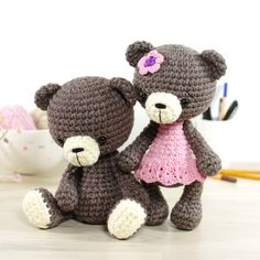 Crochet pattern: 4-way jointed small teddy bear // Kristi Tullus (spire.ee)