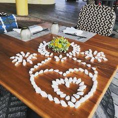 Fairmont Sirru Fen Fushi shellfish special Maldives, Table, Art, The Maldives, Art Background, Kunst, Tables, Performing Arts, Desk