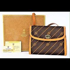Lowest Vintage Gucci Purse W/ Original Packaging