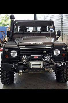 Land Rover Defender 90 Td4 Sw Se customized Twisted OVERLAND. Extreme face! Lol) Lobezno.