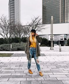Yellow Nikes, Blue Ripped Jeans, Yellow Sweater, Leo, Zara, Hipster, Coat, Sweaters, Fashion